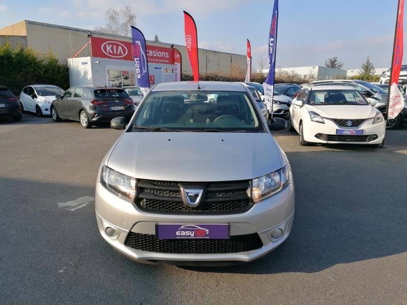 Dacia Sandero 1.2 16v 75ch Ambiance Euro6 Gris occasion à Saint-Maximin - photo n°2