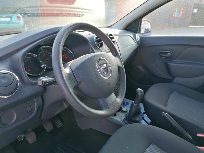 Dacia Sandero 1.2 16v 75ch Ambiance Euro6 Gris occasion à Saint-Maximin - photo n°7