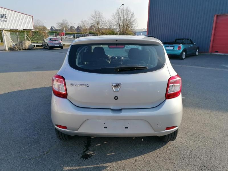 Dacia Sandero 1.2 16v 75ch Ambiance Euro6 Gris occasion à Saint-Maximin - photo n°5