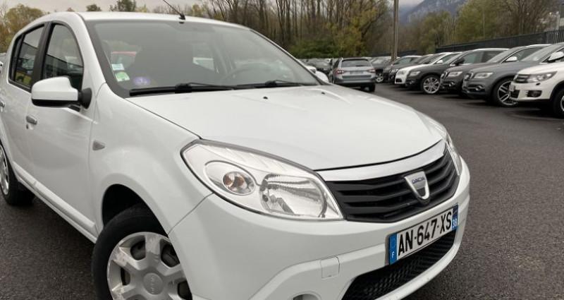 Dacia Sandero 1.4 MPI 75CH GPL LAUREATE Blanc occasion à VOREPPE - photo n°2