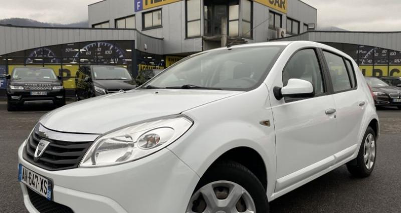 Dacia Sandero 1.4 MPI 75CH GPL LAUREATE Blanc occasion à VOREPPE