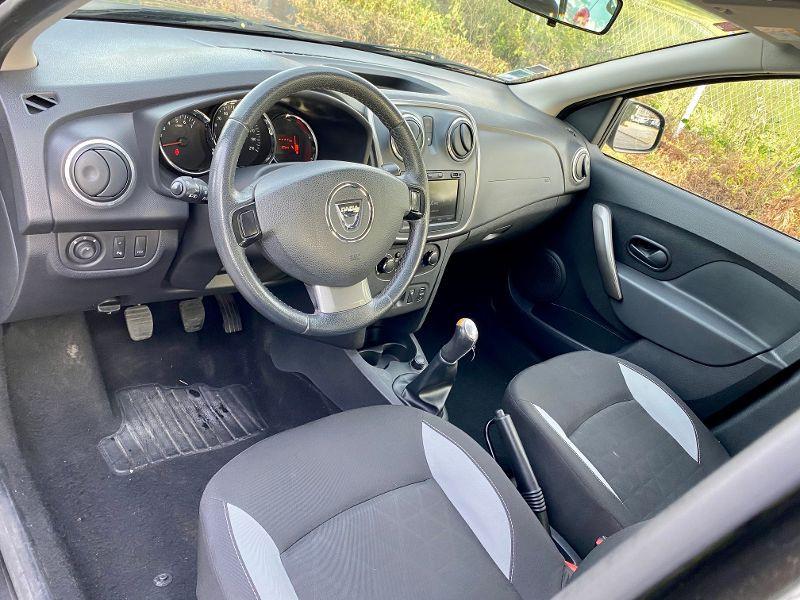 Dacia Sandero 1.5 dCi 90ch FAP Stepway Euro 5 Noir occasion à Castelmaurou - photo n°3