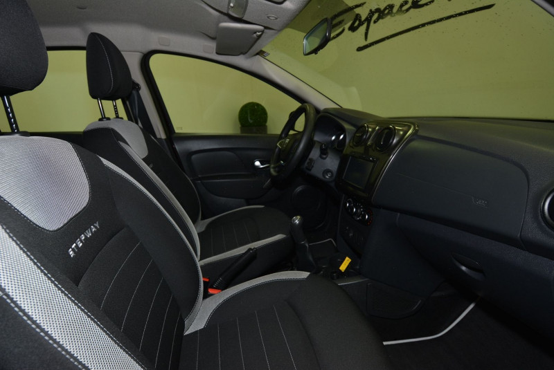 Dacia Sandero 1.5 DCI 90CH STEPWAY Marron occasion à Quimper - photo n°7