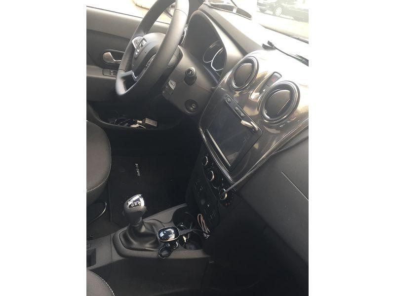 Dacia Sandero 1.6 MPI 90 Prestige Rouge occasion à Ermont - photo n°6