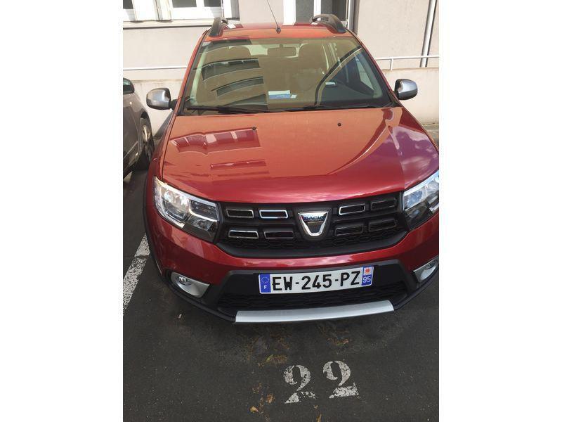 Dacia Sandero 1.6 MPI 90 Prestige Rouge occasion à Ermont