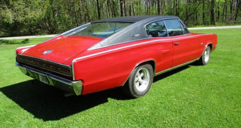 Dodge Charger 383 ci 1967 v8 prix tout compris Rouge occasion à PONTAULT COMBAULT - photo n°3