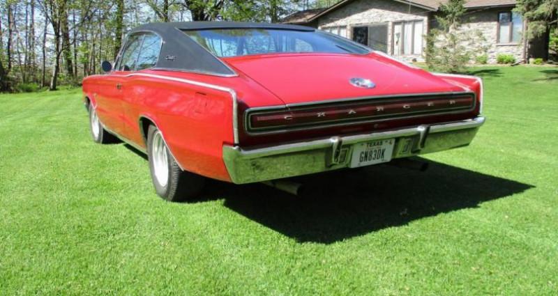 Dodge Charger 383 ci 1967 v8 prix tout compris Rouge occasion à PONTAULT COMBAULT - photo n°4