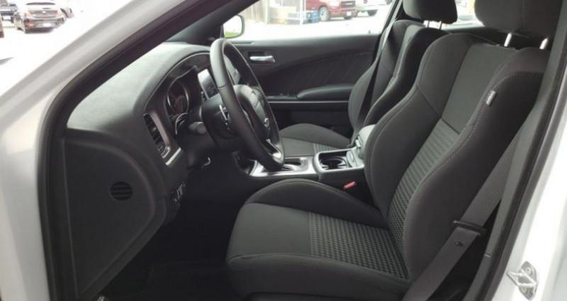 Dodge Charger R/t v8 hemi 5.7l bva8 375hp Blanc occasion à PONTAULT COMBAULT - photo n°4
