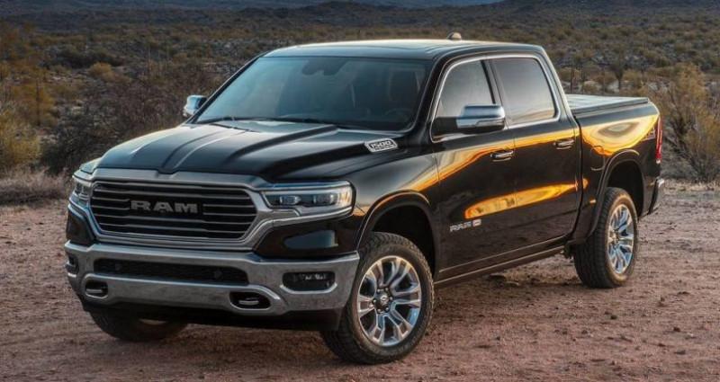 Dodge Ram NOUVEAU 2019 LIMITED CREW CAB Gris occasion à Pornic