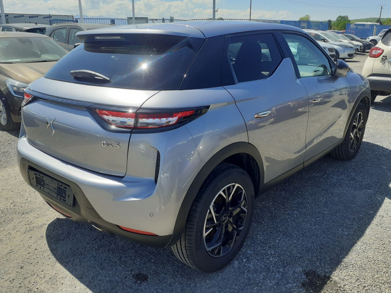 DS DS3 Crossback BLUEHDI 100CH SO CHIC Gris occasion à Ibos - photo n°8