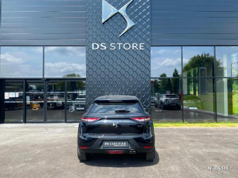DS DS3 Crossback PureTech 130ch Connected Chic Automatique Noir occasion à Mareuil-lès-Meaux - photo n°4