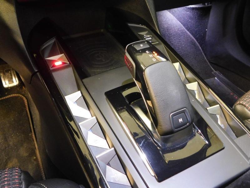 DS DS3 Crossback PureTech 130ch Performance Line Automatique Gris occasion à Castres - photo n°18