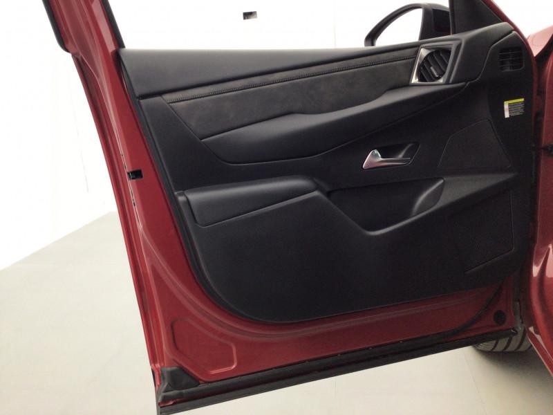 DS DS3 Crossback PureTech 155ch Grand Chic Automatique suréquipée Rouge occasion à SAINT-GREGOIRE - photo n°11