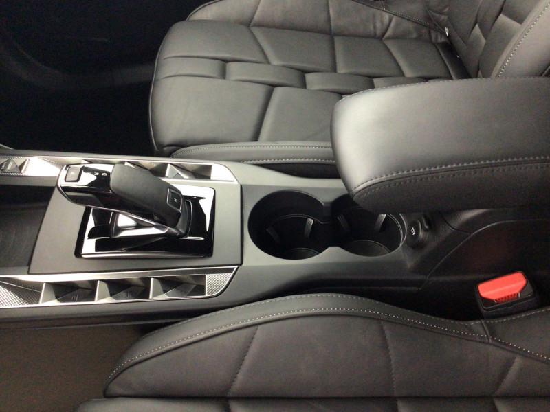 DS DS3 Crossback PureTech 155ch Grand Chic Automatique suréquipée Rouge occasion à SAINT-GREGOIRE - photo n°12