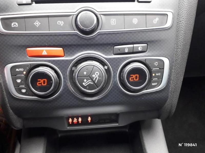 DS DS4 PureTech 130 Connected Chic S&S Gris occasion à Villemomble - photo n°12