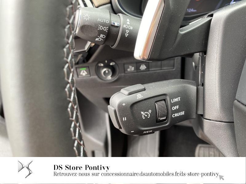 DS Ds7 crossback BlueHDi 130ch So Chic Automatique 7cv Bleu occasion à LOUDEAC - photo n°16