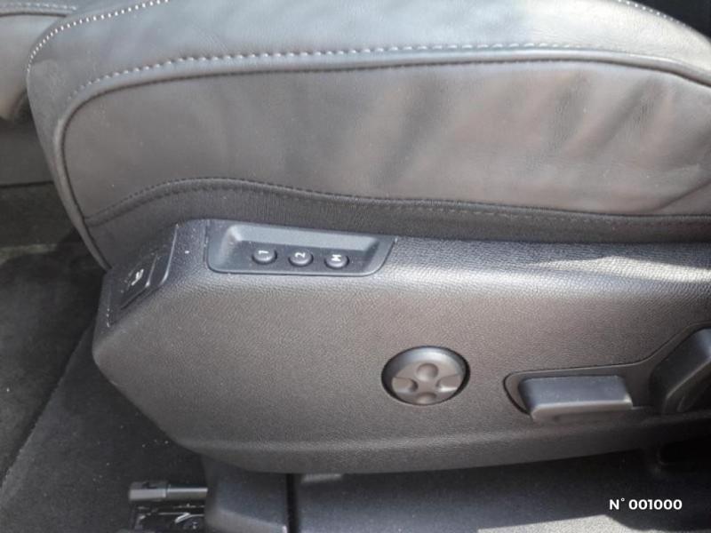DS Ds7 crossback BlueHDi 180ch Grand Chic Automatique Noir occasion à Écuelles - photo n°14