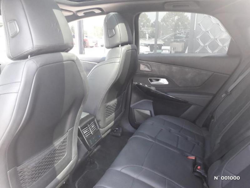 DS Ds7 crossback BlueHDi 180ch Grand Chic Automatique Noir occasion à Écuelles - photo n°11
