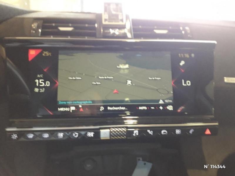 DS Ds7 crossback PureTech 225ch Performance Line Automatique Gris occasion à Montévrain - photo n°17