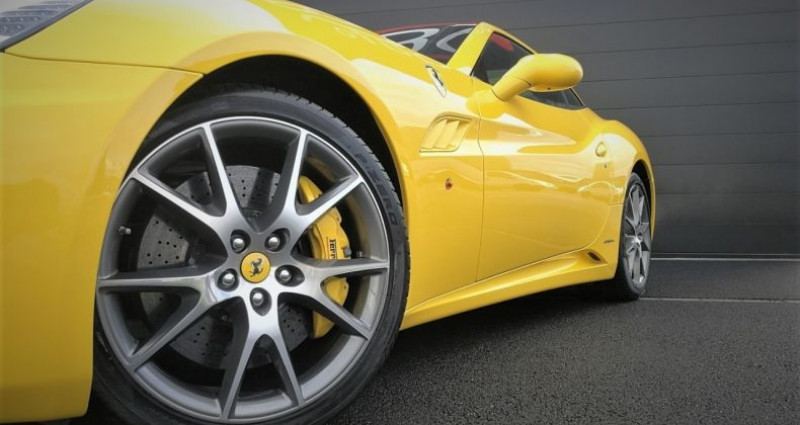 Ferrari California 4.3 V8 460ch Jaune occasion à SOUFFELWEYERSHEIM - photo n°5