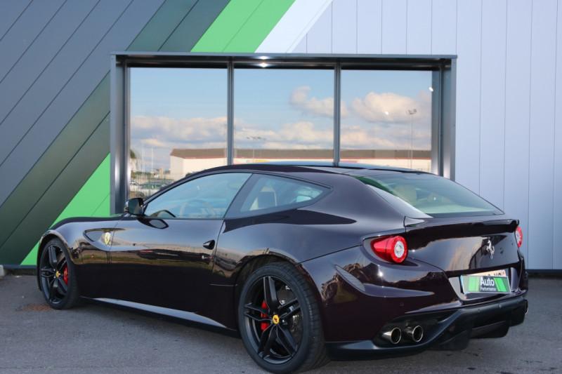 Ferrari FF FF V12 6.0 660ch Violet occasion à Jaux - photo n°2
