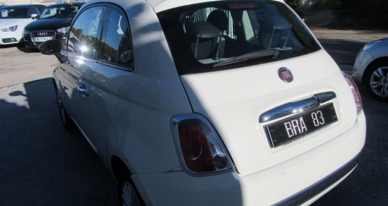 Fiat 500 1.2 8V 69CH LOUNGE Blanc occasion à Le Muy - photo n°6