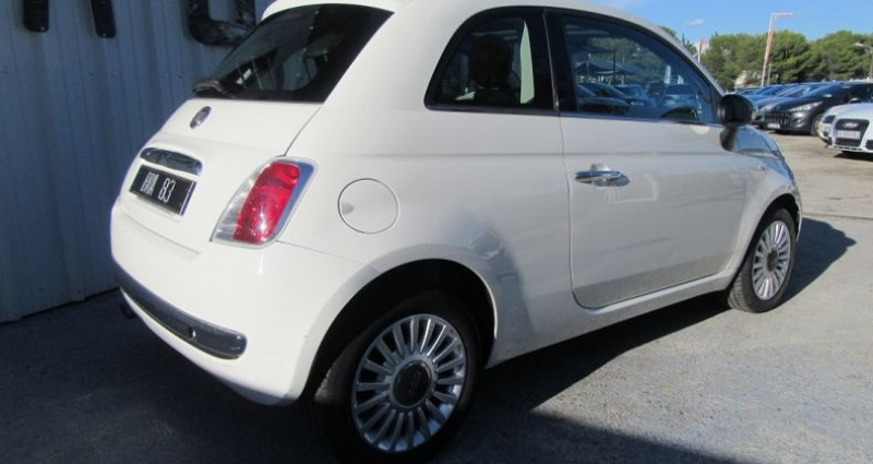 Fiat 500 1.2 8V 69CH LOUNGE Blanc occasion à Le Muy - photo n°4