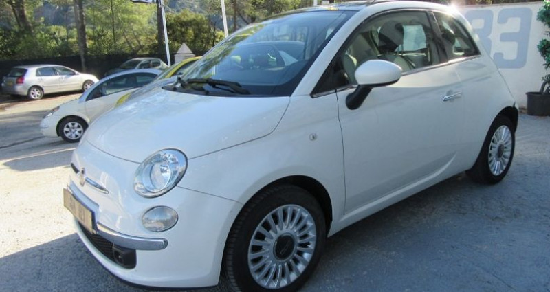 Fiat 500 1.2 8V 69CH LOUNGE Blanc occasion à Le Muy - photo n°3