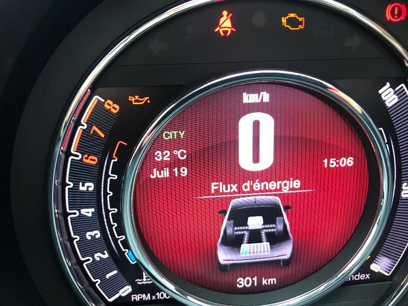 Fiat 500C 1.0 70CH LUNCH EDITION Vert occasion à Muret - photo n°7