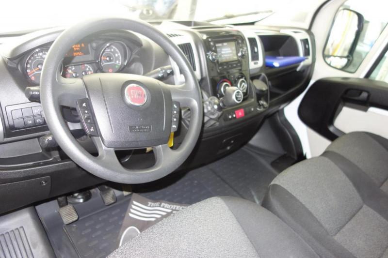 Fiat Ducato FOURGON TOLE 3.5 M H2 2.3 MJT 130 EURO Blanc occasion à PLOERMEL - photo n°5