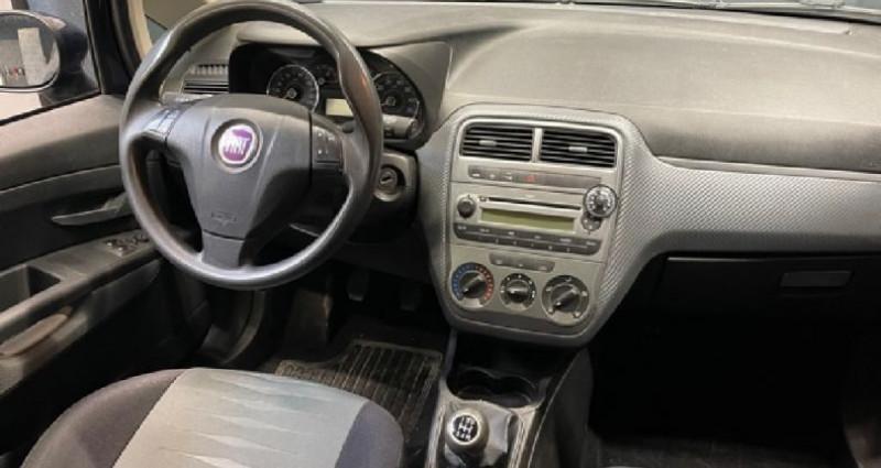 Fiat Grande Punto 1.3 Multijet 75 CV Dynamic Bleu occasion à COURNON D'AUVERGNE - photo n°7
