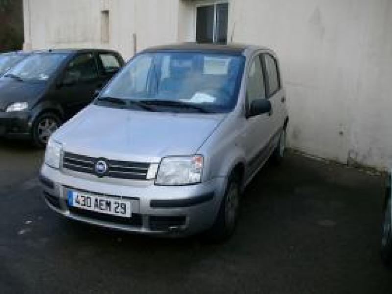 Fiat Panda 1.3 MULTIJET Gris occasion à Brest