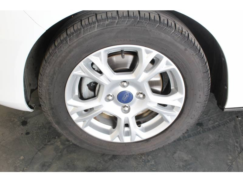 Ford B-Max 1.4 90 Edition Blanc occasion à TARBES - photo n°6