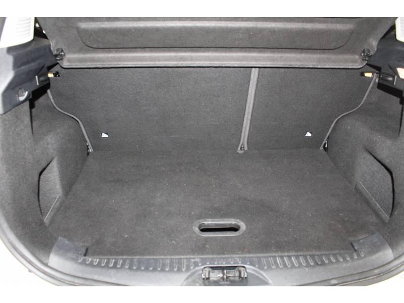 Ford B-Max 1.4 90 Edition Blanc occasion à TARBES - photo n°13