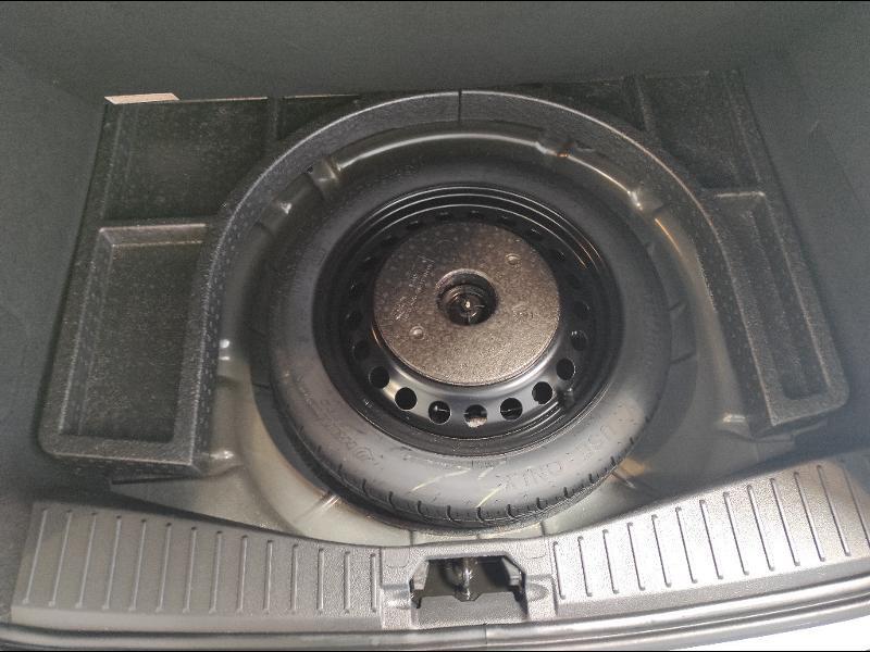 Ford C-Max 1.0 EcoBoost 125ch Stop&Start Titanium Euro6.2 Gris occasion à Chenôve - photo n°11