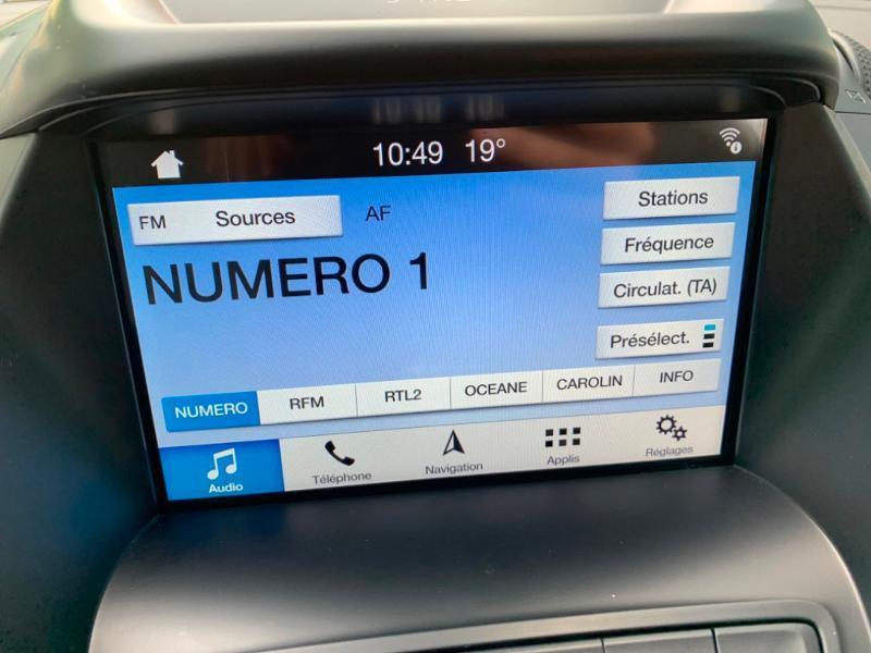 Ford C-Max 1.0 EcoBoost 125ch Stop&Start Titanium Euro6.2 Noir occasion à Saint-Doulchard - photo n°17