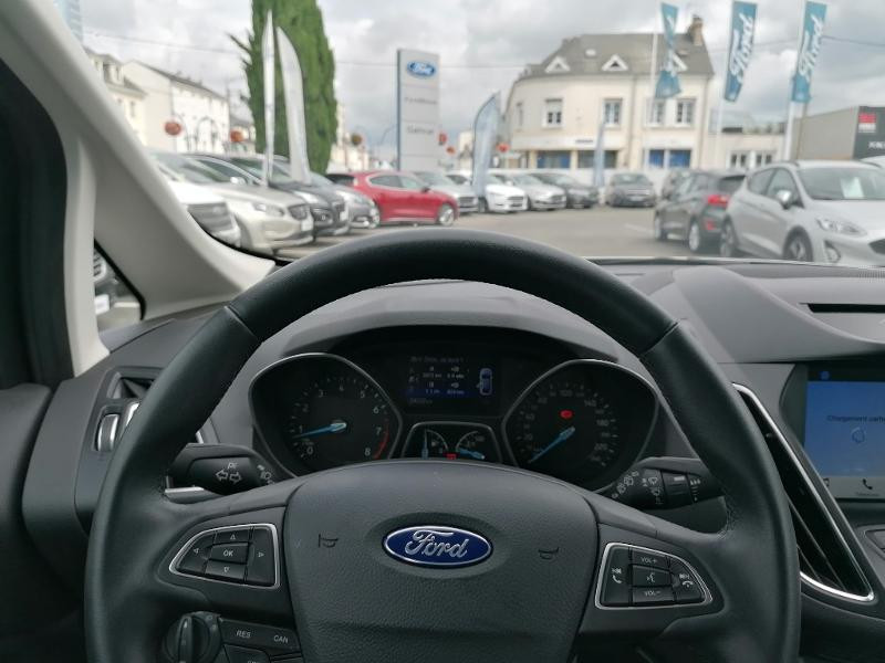 Ford C-Max 1.0 EcoBoost 125ch Stop&Start Titanium Euro6.2 Gris occasion à Fleury-les-Aubrais - photo n°11