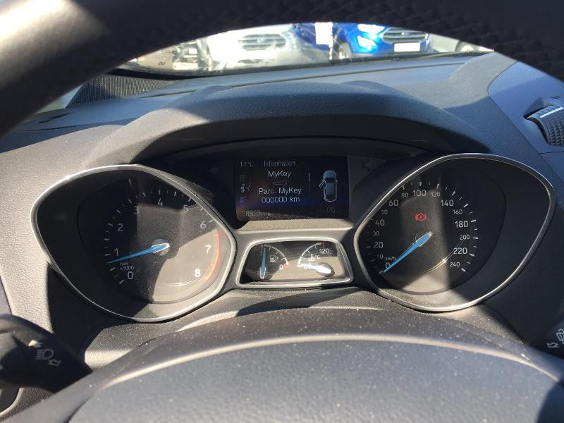Ford C-Max 1.0 EcoBoost 125ch Stop&Start Titanium Euro6.2 Noir occasion à Beaune - photo n°16