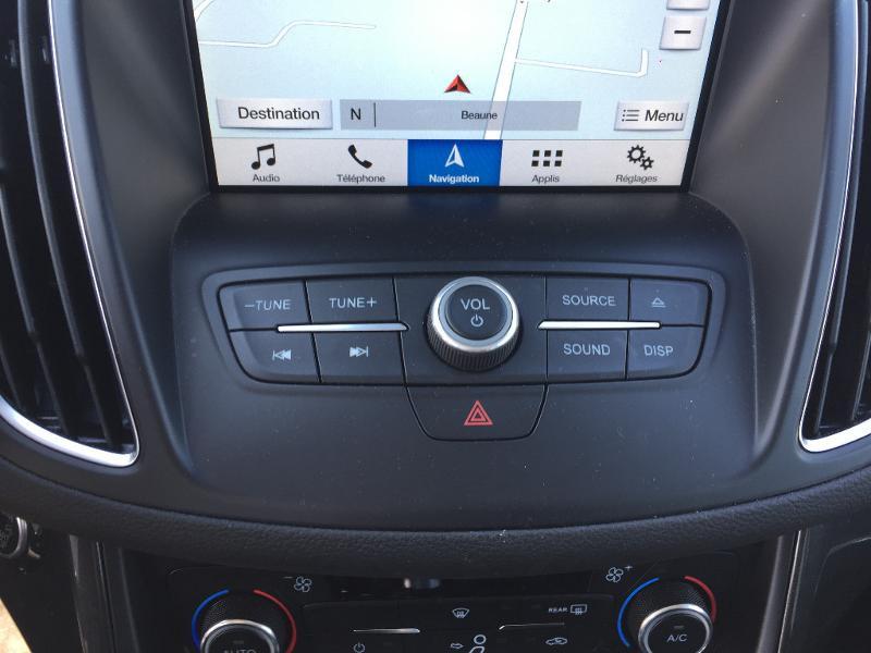 Ford C-Max 1.0 EcoBoost 125ch Stop&Start Titanium Euro6.2 Noir occasion à Beaune - photo n°14