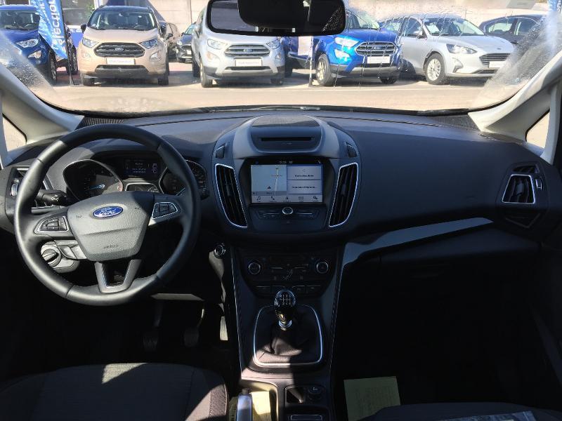 Ford C-Max 1.0 EcoBoost 125ch Stop&Start Titanium Euro6.2 Noir occasion à Beaune - photo n°10