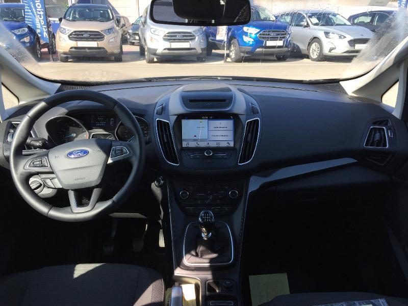 Ford C-Max 1.0 EcoBoost 125ch Stop&Start Titanium Euro6.2 Noir occasion à Beaune - photo n°9