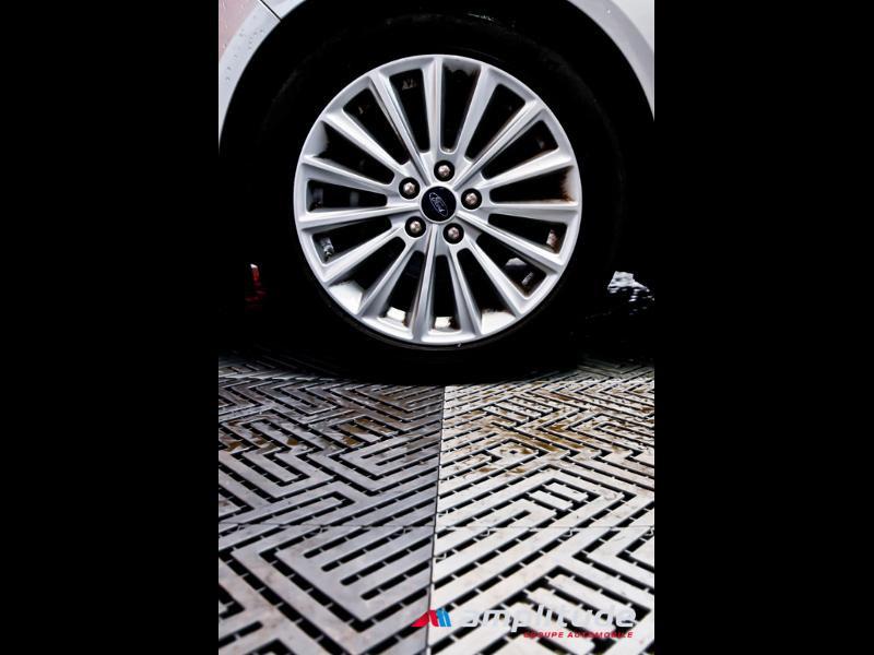 Ford C-Max 1.0 EcoBoost 125ch Stop&Start Titanium Euro6.2 Gris occasion à Dijon - photo n°17