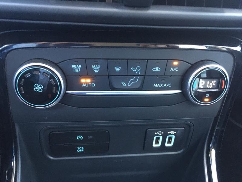 Ford EcoSport 1.0 EcoBoost 125ch Titanium Euro6.2 Marron occasion à Varennes-Vauzelles - photo n°12