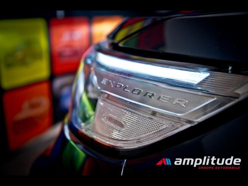 Ford Explorer 3.0 EcoBoost 457ch Parallel PHEV Platinum i-AWD BVA10 25cv Bleu occasion à Dijon - photo n°19