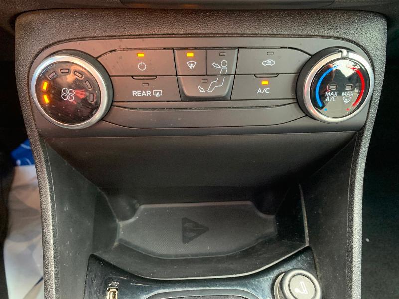 Ford Fiesta 1.1 85ch Trend 5p 5cv Euro6.2 Gris occasion à Saint-Doulchard - photo n°16
