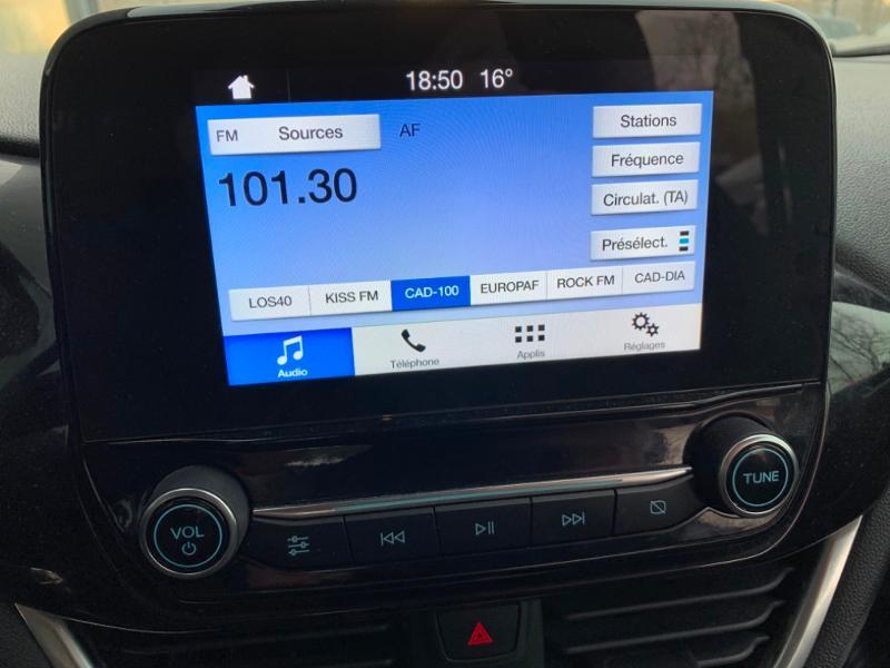 Ford Fiesta 1.1 85ch Trend 5p 5cv Euro6.2 Gris occasion à Saint-Doulchard - photo n°11