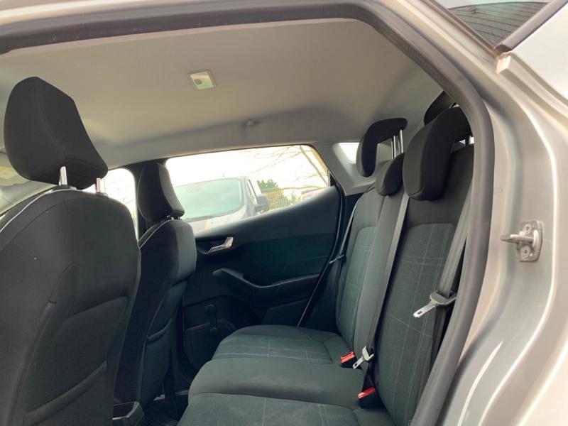 Ford Fiesta 1.1 85ch Trend 5p 5cv Euro6.2 Gris occasion à Saint-Doulchard - photo n°7
