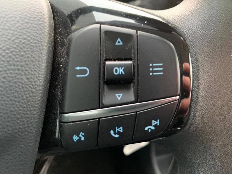 Ford Fiesta 1.1 85ch Trend 5p 5cv Euro6.2 Gris occasion à Saint-Doulchard - photo n°9