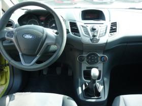 Ford Fiesta 1.4 TDCi 68ch Ambiente 3p Vert occasion à Portet-sur-Garonne - photo n°6