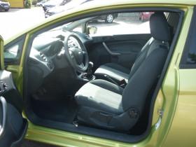 Ford Fiesta 1.4 TDCi 68ch Ambiente 3p Vert occasion à Portet-sur-Garonne - photo n°4